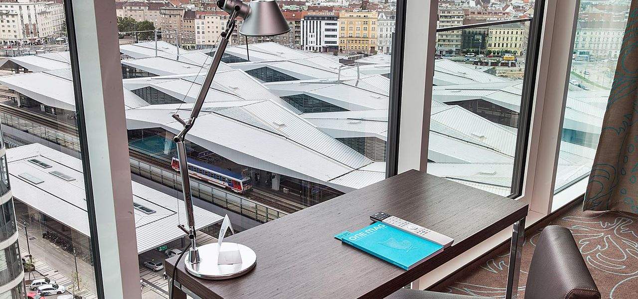 Motel One in Wien offers work space
